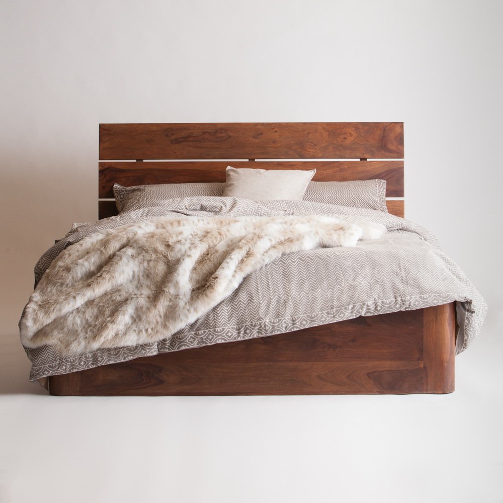 How To: Make Your Bed Like the Professionals